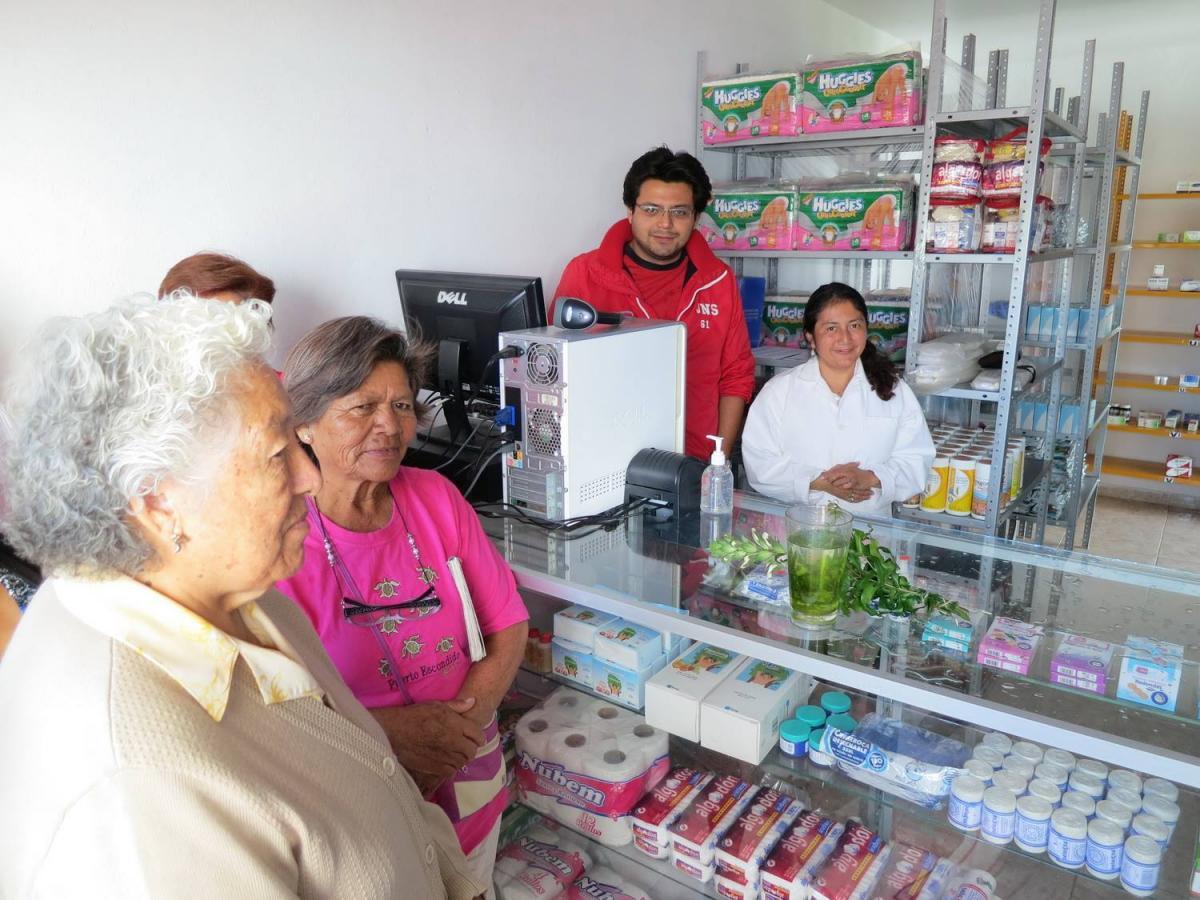 A szociális gyógyszertár megnyitóján Mexikóban
